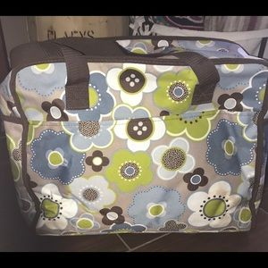 Thirty-one large thermal bag
